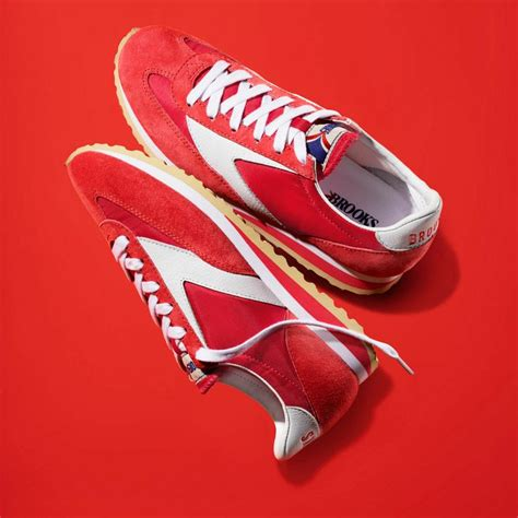 Heritage Trainer Vanguard vanguard classic running shoe for from the