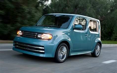 nissan cube 2012 2012 nissan cube front three quarter in motion photo 2