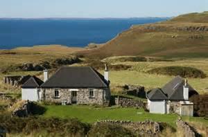 cottage isle of scotland wildlife and adventure tourism treshnish