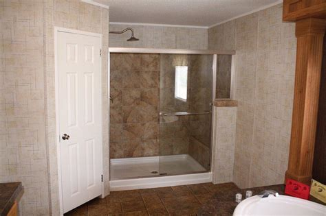 showers for mobile homes bathrooms stunning walk in showers for mobile homes 16 photos