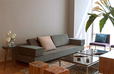 couch for small apartment 10 small urban apartment decorating ideas