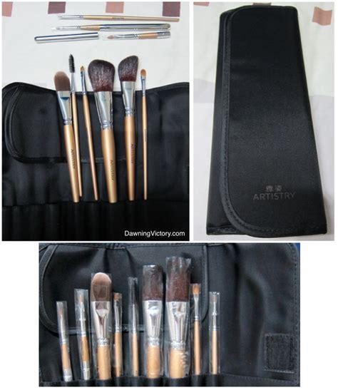 Wardah Makeup Kit Special Edition artistry makeup brushes mugeek vidalondon