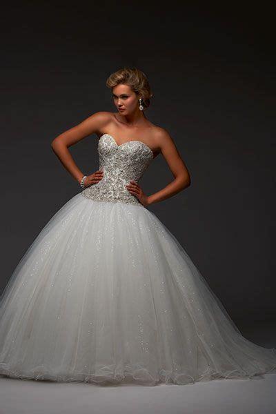 Best 25  Cinderella wedding dresses ideas on Pinterest