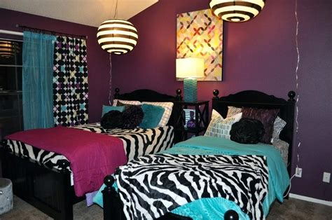 zebra decorations for a bedroom animal print decorations for bedrooms www indiepedia org