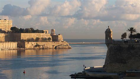 soggiornare a malta la nuova quot eco tax quot per tutti i turisti che soggiornano a malta