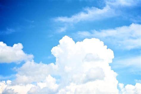 white clouds   sky   images  clkercom