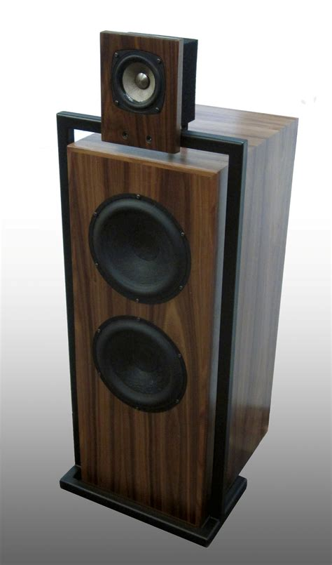 speakers resonant woods