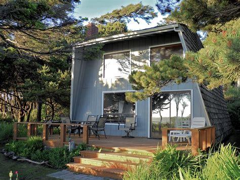 oregon coast cottages swenson beachfront on the oregon coast home