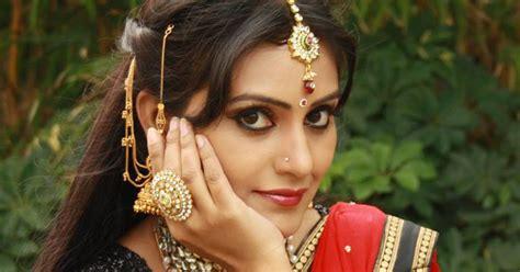zee telugu actress name with photo serial actress naveena photos lovely telugu