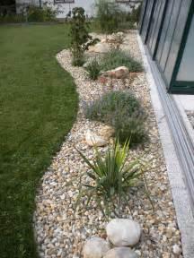 gartengestaltung steine gartengestaltung mit steinen und pflanzen gartens max