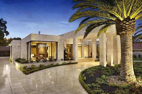 luxury melbourne home with pillared entry and interior