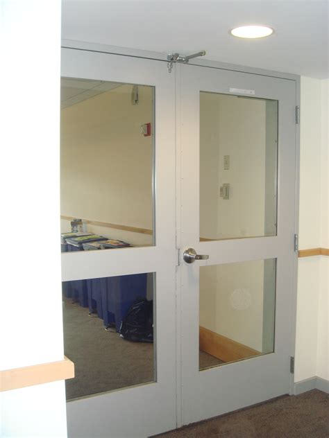 Middlebury Replaces Unsafe Wired Glass Saftifirst Wired Glass In Doors