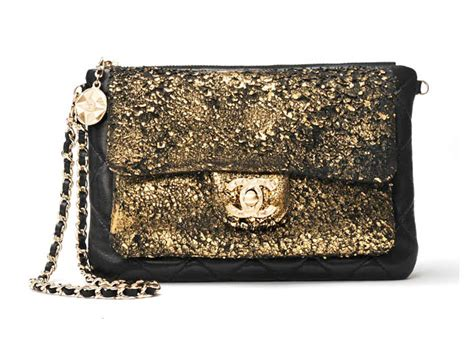 The Chanel Handbags For This Fall by A Closer Look At The Chanel Fall 2012 Runway Handbags La