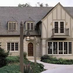 English Tudor Homes by Best 25 English Tudor Homes Ideas On Pinterest