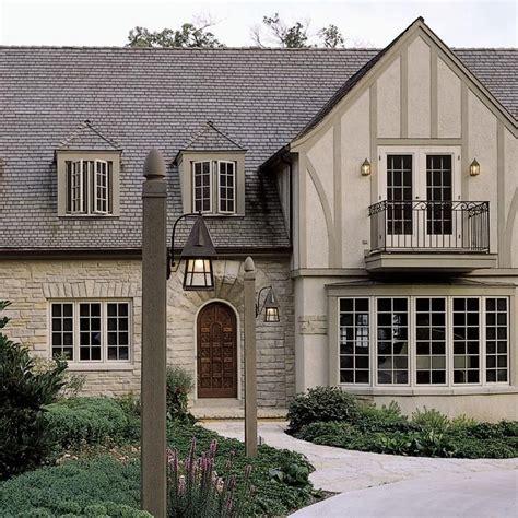 tudor style exterior lighting best 25 tudor homes ideas on