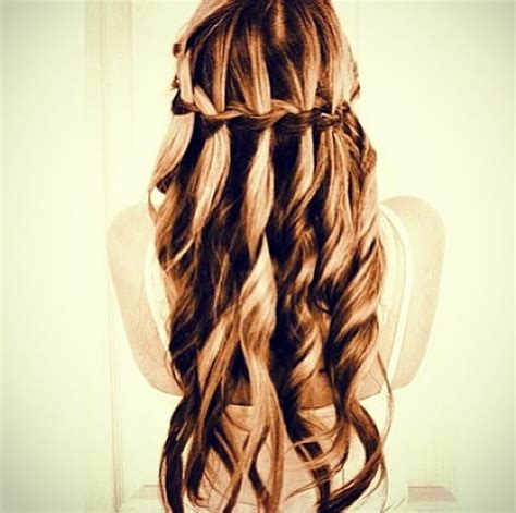 Easy Hairstyles For School Ball | possible hairstyle for the navy ball makeup hair and