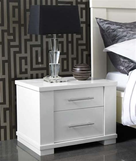 White Bedroom Chest Metro 2 Drawer Bedside Chest White Modern Dressers