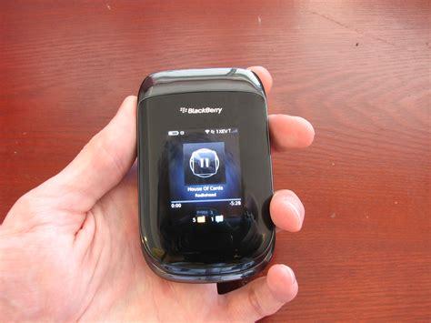 Blakberry Syle 9670 review blackberry style 9670 s next flip