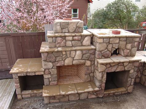 Backyard Pizza Ovens Outdoor Fireplace With Pizza Oven Traditional Patio