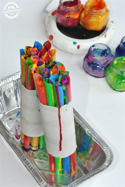 crayon crafts for 6 projects that reuse broken crayons crayon crafts