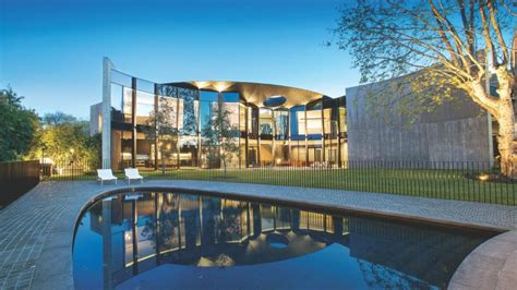 Toorak Mansion Owned By Daniel And Danielle Besen Could
