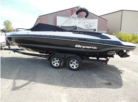 bryant boats for sale in michigan bryant 246 boats for sale