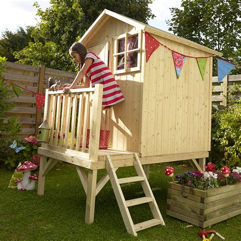 maisonnette en bois sur pilotis 3431 castorama cabane enfant les cabanes de jardin abri de