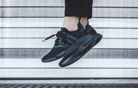 Adidas Colour Black Cowok Made In 1 adidas nmd r1 color boost black fastsole
