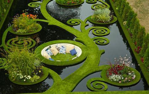Awesome Summer Gardens #1: A8c421e07fd8717d80b519abdb2bd5f3--water-gardens-fairy-gardens.jpg