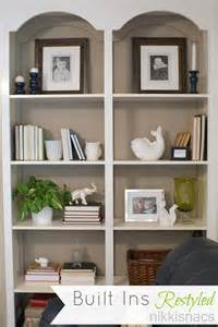 Decorating Built In Bookshelves Nikkis Nacs The Built Ins Restyled