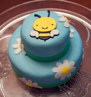 1000 ideas about bumble bee cake on bee cakes