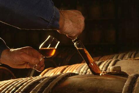 maitre de chais une alliance subtile 171 l encyclop 233 die du cognac