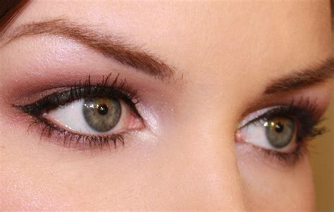 Make Up Eyeliner winged eyeliner makeup looks mugeek vidalondon