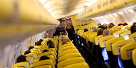 portare liquidi in aereo le disposizioni e le regole da rispettare come portare
