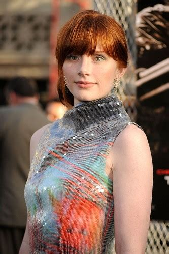hollywood actress bryce dallas howard hot wallpapers