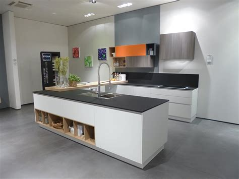 materiali top cucina materiali innovativi per i piani delle cucine cose di casa