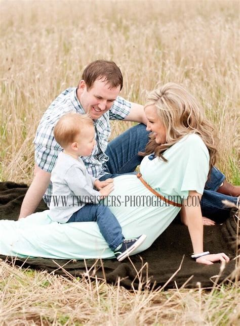 Maternity Pictures With