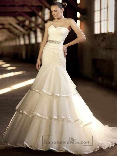 cross sweetheart trumpet wedding dresses with pleated