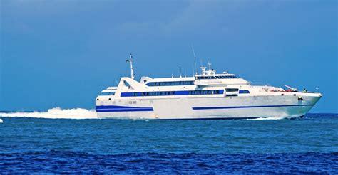 traghetto napoli ischia porto come arrivare a ischia in traghetto hotel le canne