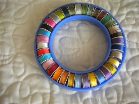Best Thread For Piecing Quilts by What Type Of Thread To Use For Quilting And Piecing