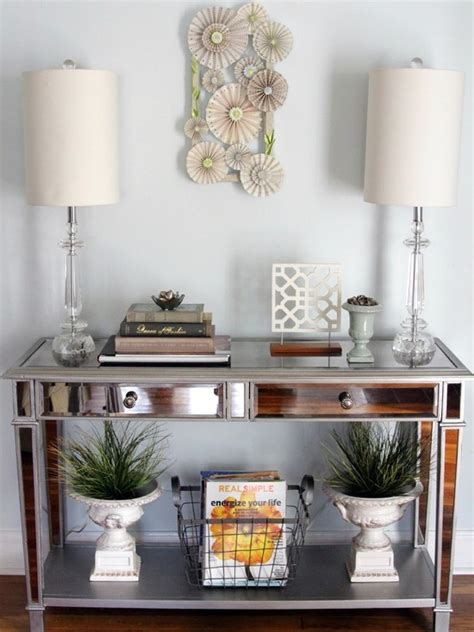 How Do You Say Foyer 61 Best Images About Foyer Tables Decor On