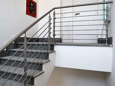 ringhiera per scale oltre 25 fantastiche idee su ringhiera per scale su
