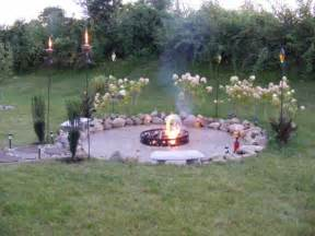 Backyard Firepit Ideas by Know The Kind Of Fire Pit You Want To Apply Homedees