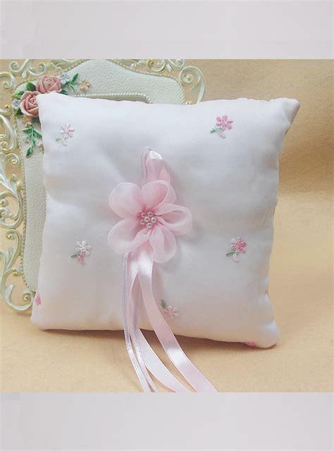 cuscini romantici romantico cuscino porta fedi con fiocco rosa