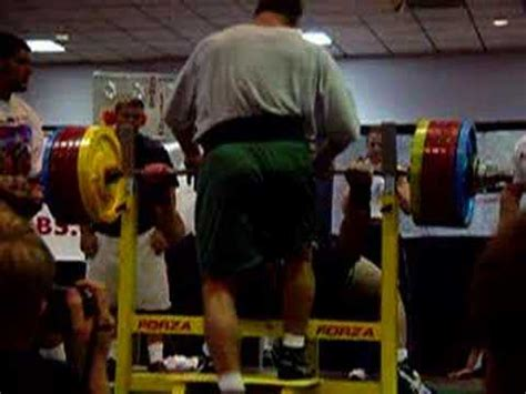 ryan kennelly bench press routine ryan kennelly 800lb benchpress youtube