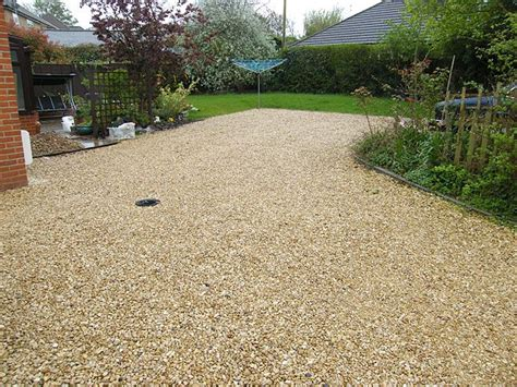 like the color of this gravel driveway pathways driveways and mail