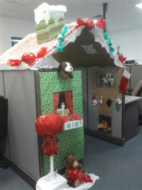 cube christmas decorating ideas 24 best images about gingerbread cubicle on cubicle decorations decorating ideas