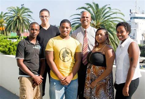 norwegian cruise recruitment seven bermudians to begin cruise ship jobs bernews