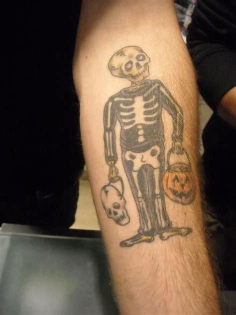 alex gaskarth s skeleton in a skeleton costume tattoo