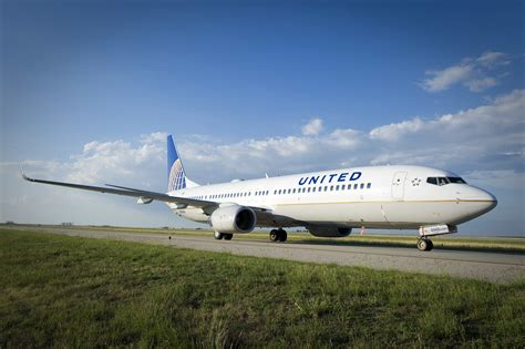 united airline investors place big bets on the new united airlines